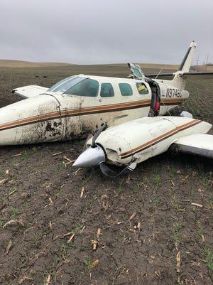 Nobody was seriously injured when a plane made an emergency landing near Pine Ridge.