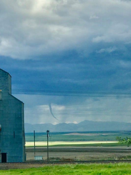 636654610470290750-tornado.jpg