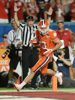 Clemson wide receiver Hunter Renfrow (13) scores on a 35 yard TD catch against Oklahoma during the 3rd quarter of the Orange Bowl Thursday, December 31, 2015 at Sun Life Stadium in Miami Gardens, Fla.