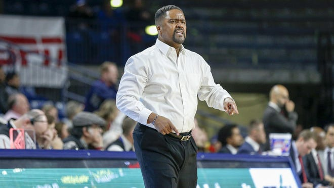 Tulsa head coach Frank Haith reacts to a foul called on his team during an American Athletic Conference game last season at Tulsa. The Hurricane and Bradley will play a home-and-home series beginning next season.