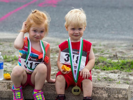 Runners of all ages participate in the eRace the Stigma