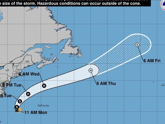 636383172616074650-144344-5day-cone-no-line-and-wind.png