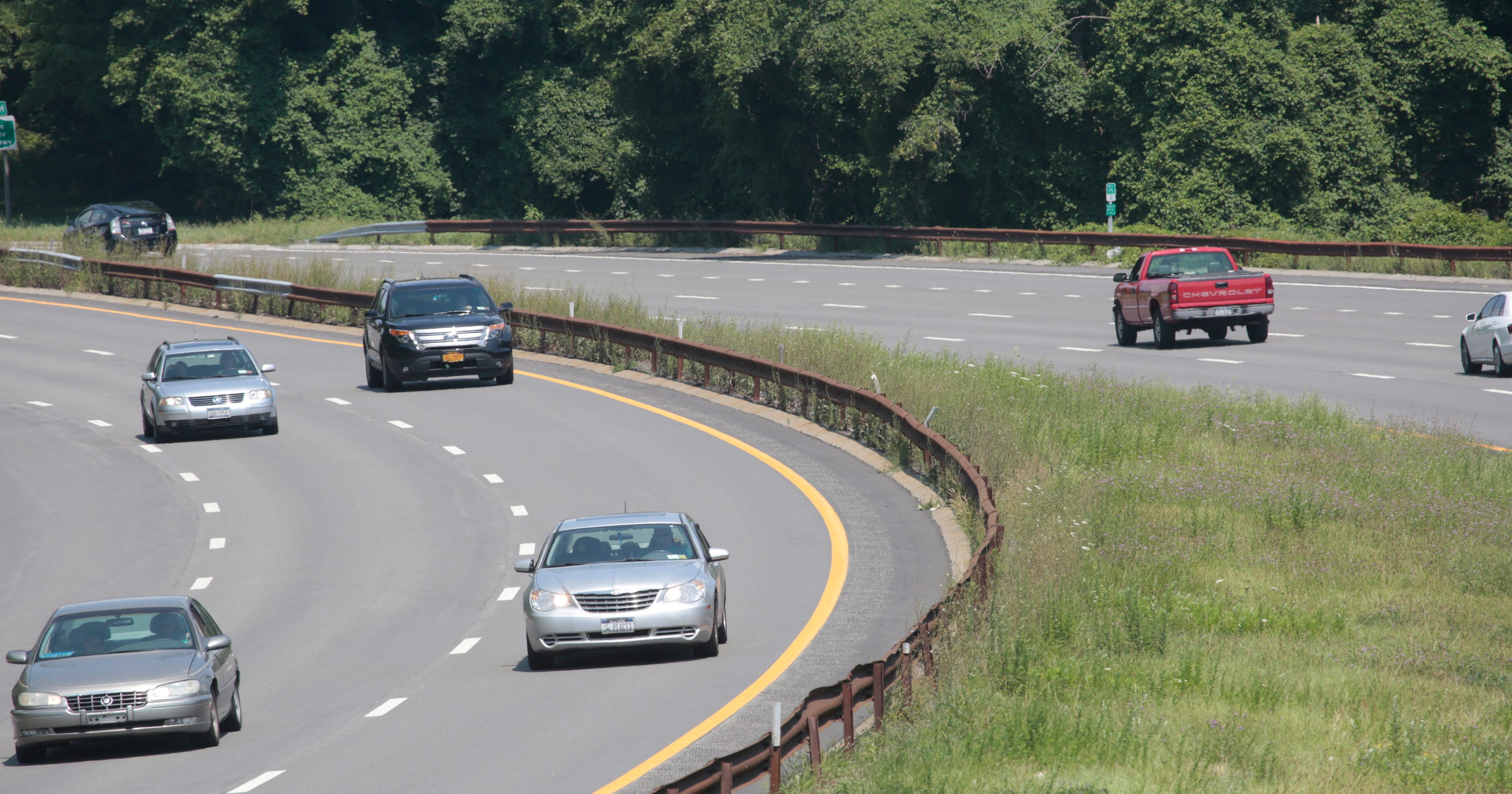 Parkway or speedway? Drivers question Taconic safety