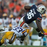 Auburn RB Kamryn Pettway gets 'banged up' in first half of 18-13 win vs. LSU