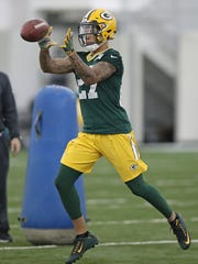 Packers rookie Josh Jones drills during Packers rookie