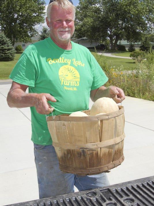 Bentley Lake Farms melons_01