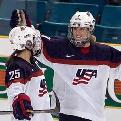 Senators call on USA Hockey to treat women's team equitably