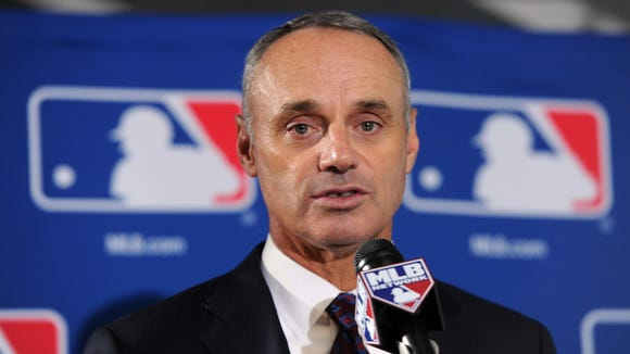 Rob Manfred replaces Bud Selig as the commissioner