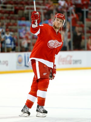 Detroit Red Wings left wing Justin Abdelkader celebrates after beating the Toronto Maple Leafs on Oct. 9, 2015.