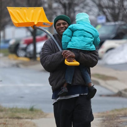New Castle residents have fun in the snow