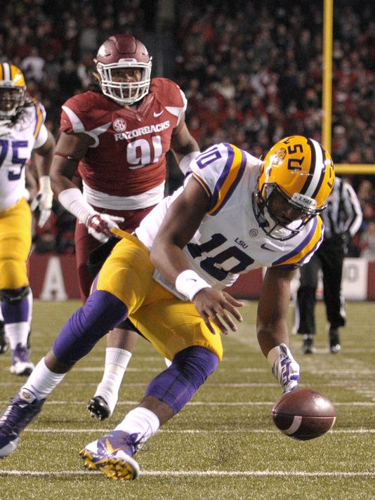 LSU Arkansas Football (2)