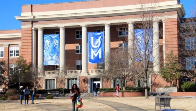 The University of Memphis is creating an urban teacher training track in its College of Education in partnership with Shelby County Schools.