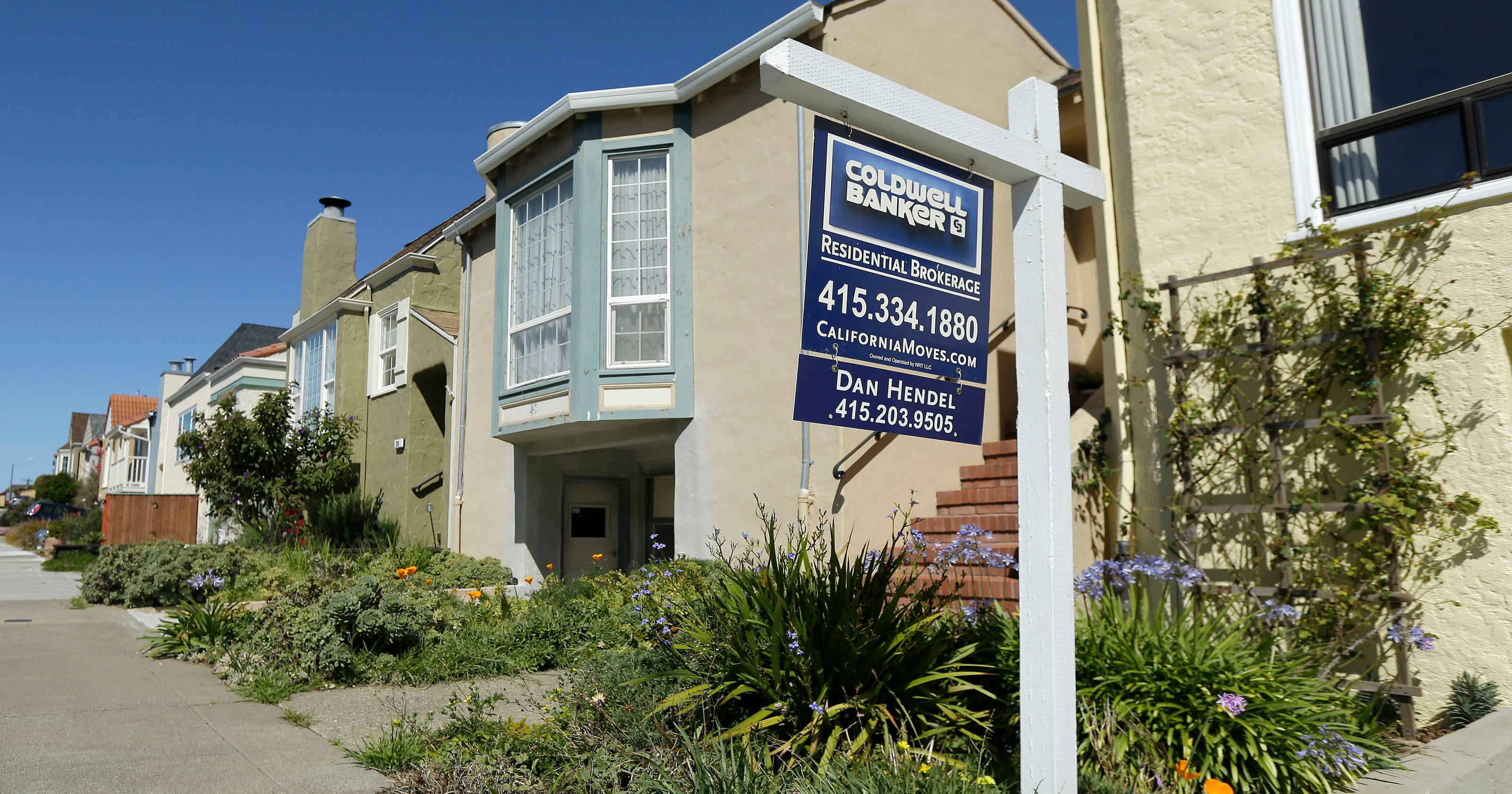 Existing home sales fall three months in row