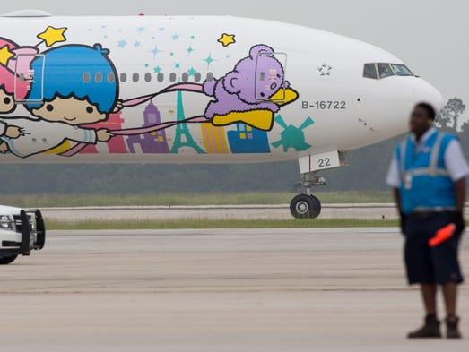 EVA Air's Shing Star Hello Kitty themed Boeing 777-300ER