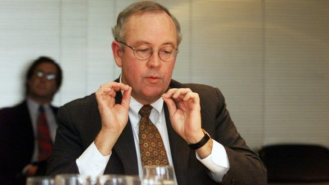 Ken Starr speaks with the USA TODAY Editorial Board in Arlington, Va., on Oct. 20, 1999.