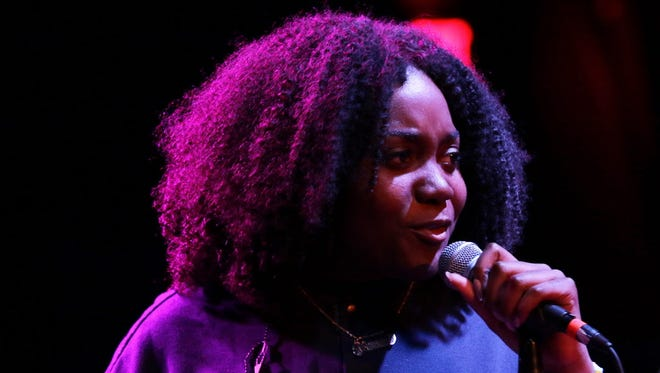 Rising Chicago rapper Noname performed a sold-out show at the Miramar Theatre Saturday.