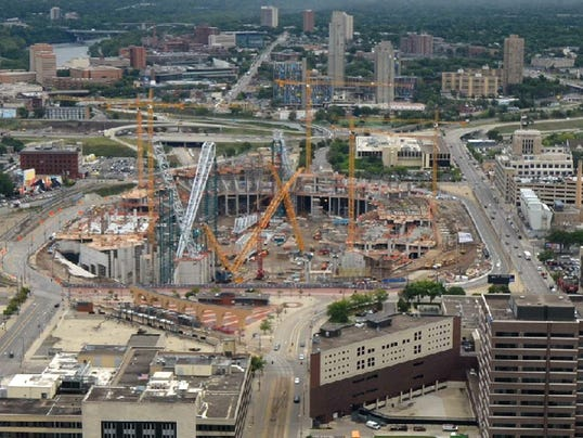 Vikings stadium construction needs to stay on schedule