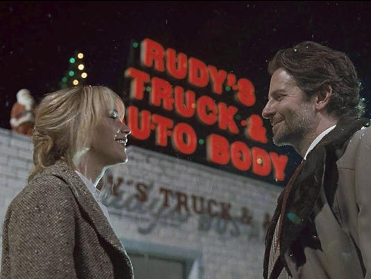 ëJoyí review: Miracle Mop drama doesnít clean up well, despite Jennifer Lawrence
