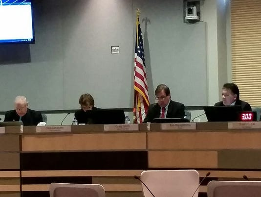 Las Cruces city council meeting pic