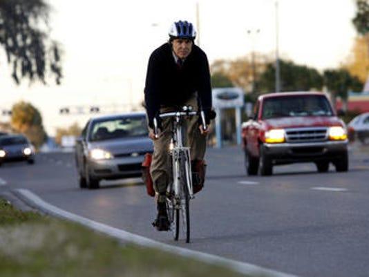635588264959321511-biking