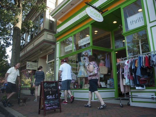 Second Saturday offers a fun chance to stroll the Avenue,