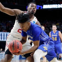 Former West Allis Central players make waves on first day of NCAA Tournament