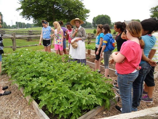 Sumner County Master Gardeners will hold a gardening