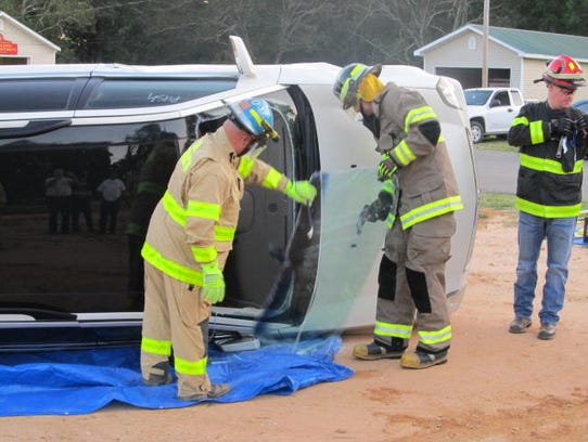First responders with Huntingdon Fire & Rescue train