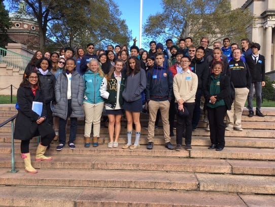 Wardlaw+Hartridge students visit Columbia University.
