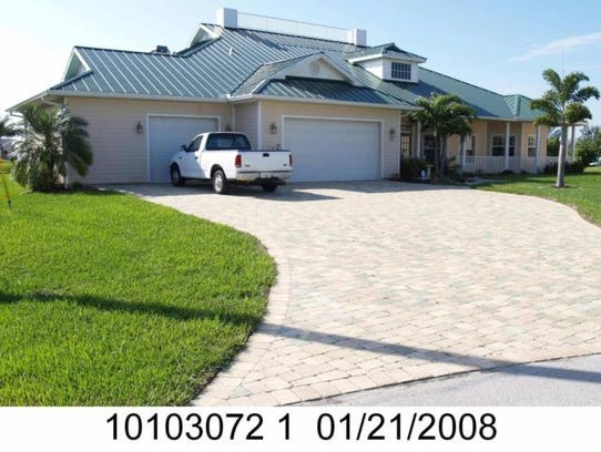 This home at 2516 SW 35th Terrace, Cape Coral, recently