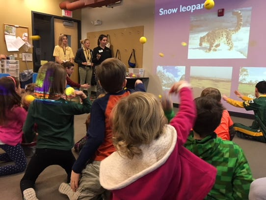 Kids at a Milwaukee County Zoo class get the opportunity