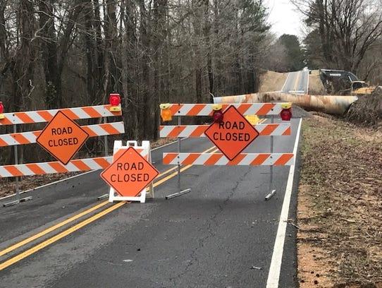 Heavy rain shut down Nesbit Road in DeSoto County