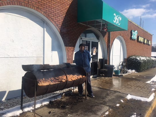"""Jimmie, of Jimmie's Barbeque, is perhaps the hardest working (and certainly one of coldest) workers in Memphis today. Jimmie is grilling ribs and jerk chicken outside 360 Sports Bar & Grill, 3896 Lamar Ave.   Asked how he is weathering the 20-degree weather with no coat, Jimmie said simply: """"I am from Chicago. This ain't really cold."""""""