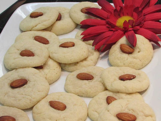 Pic 7 Chinese Almond Cookies