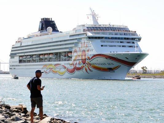 Cruise ship to Cuba