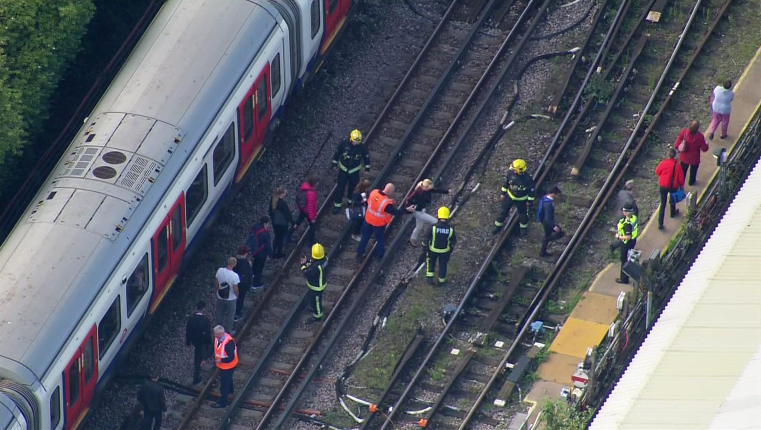 Terrorist-planted explosive hits London's Underground train