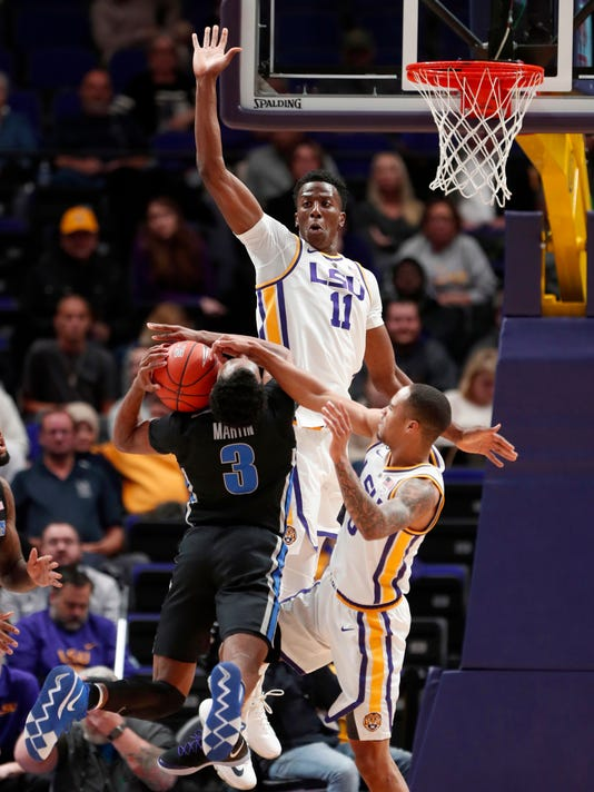 Memphis_LSU_Basketball_90302.jpg