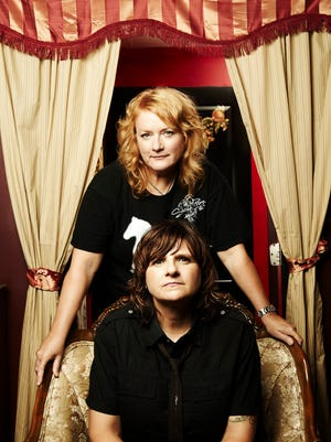 The Indigo Girls will headline this year's Acoustic Autumn concert for 91.1 The Avenue on Sept. 12 at the Meyer Theatre.
