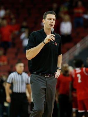 David Padgett, U of L's acting men's basketball coach addressed the crowd before his team's first scrimmage. Oct. 13, 2017.