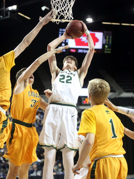 636553720645386796-180227-04-West-High-vs-Cedar-Rapids-Kennedy-boys-basketball-ds.jpg
