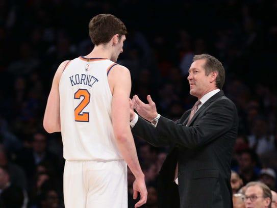 New York Knicks head coach Jeff Hornacek coaches New