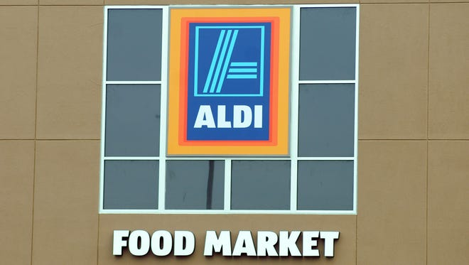 ALDI Food Market sign.