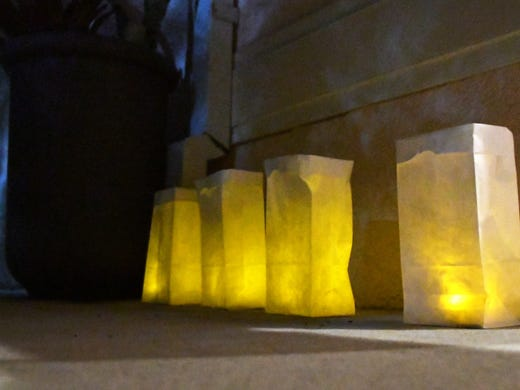 Bags with candles were also placed outide for each