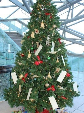 For information about the tree viewing or gift giving, please call the Spencer Theater Box Office at 575-336-4800.