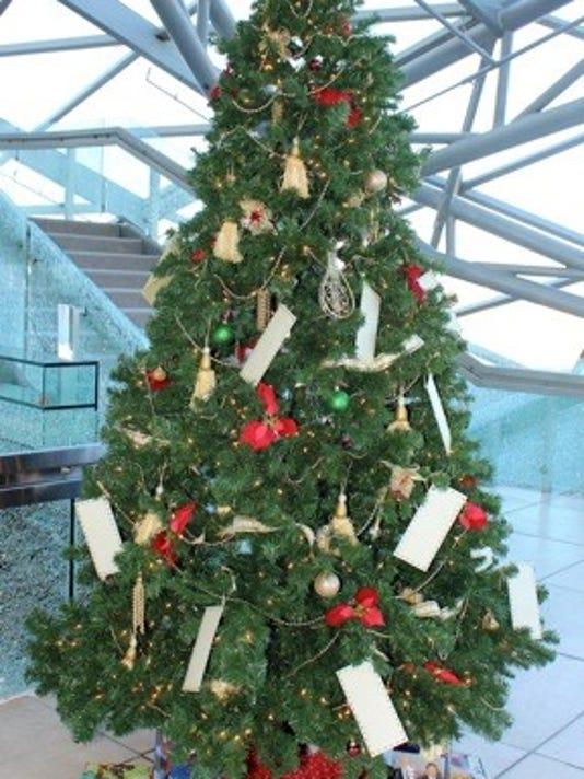 635850846954522631-Spencer-tree.jpg
