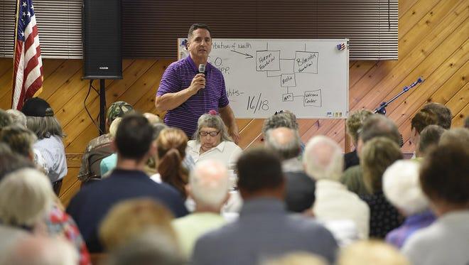 Ron Branstner speaks at the VFW in St. Cloud.