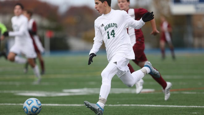 Matt O'Shea runs the ball for Ramapo, Sunday, November 20, 2016.