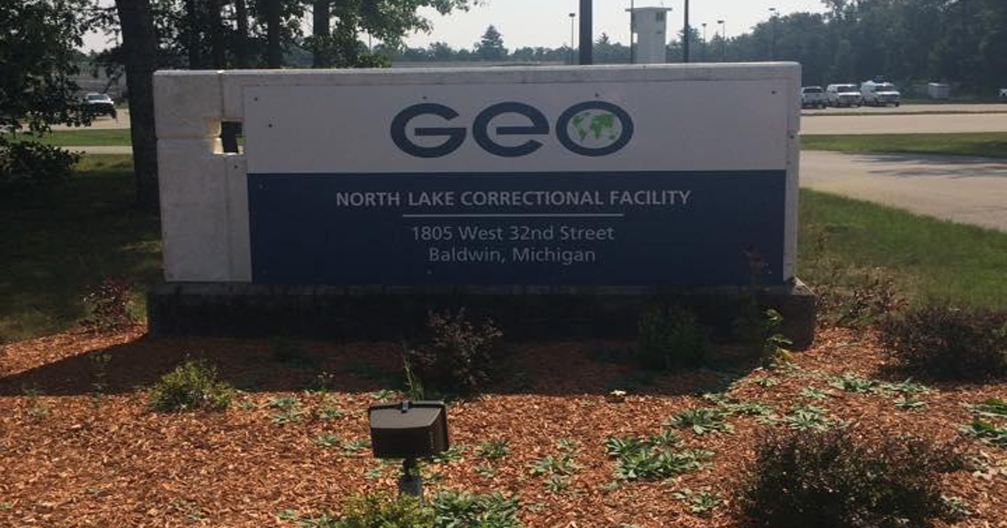 Private prison firm to house immigrant detainees in Michigan