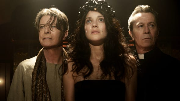 David Bowie, Marion Cotillard and Gary Oldman in the video for 'The Next Day.'