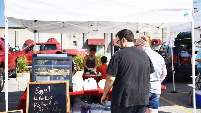 The market offers everything from in season produce to baked goods and even egg rolls!
